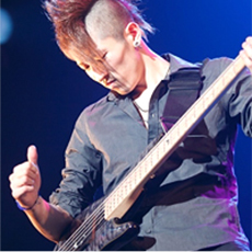 藤村 雄大先生(ベース講師)